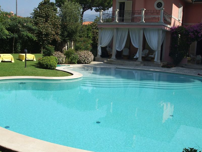Villas for sale Forte dei Marmi