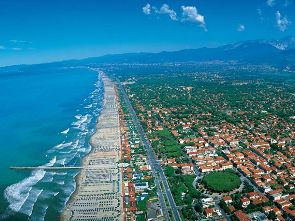real estate forte dei marmi villas