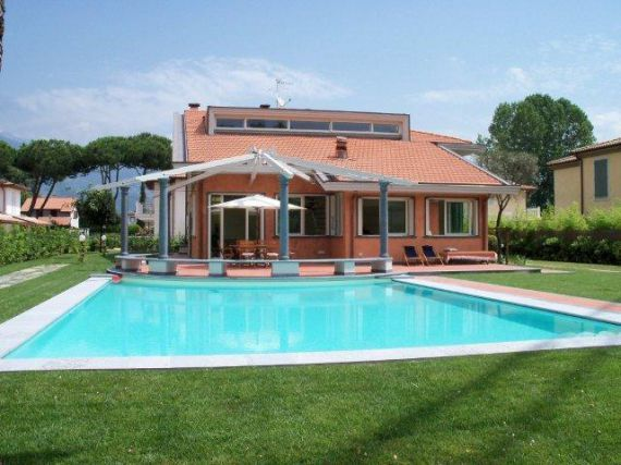 Real Estate Agency Forte dei Marmi Villas