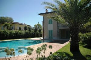 rent sale villas home forte  dei marmi