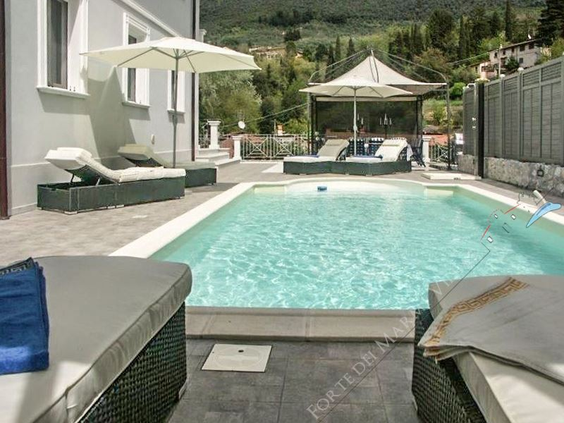 Villa Cherry : Piscina
