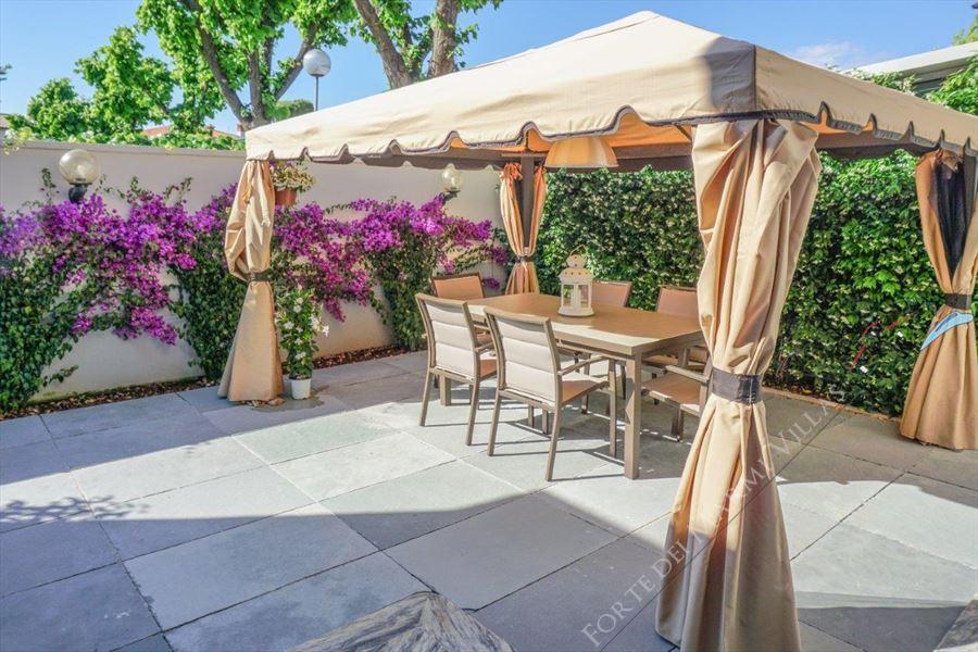 Villa Tremonti : Outside view
