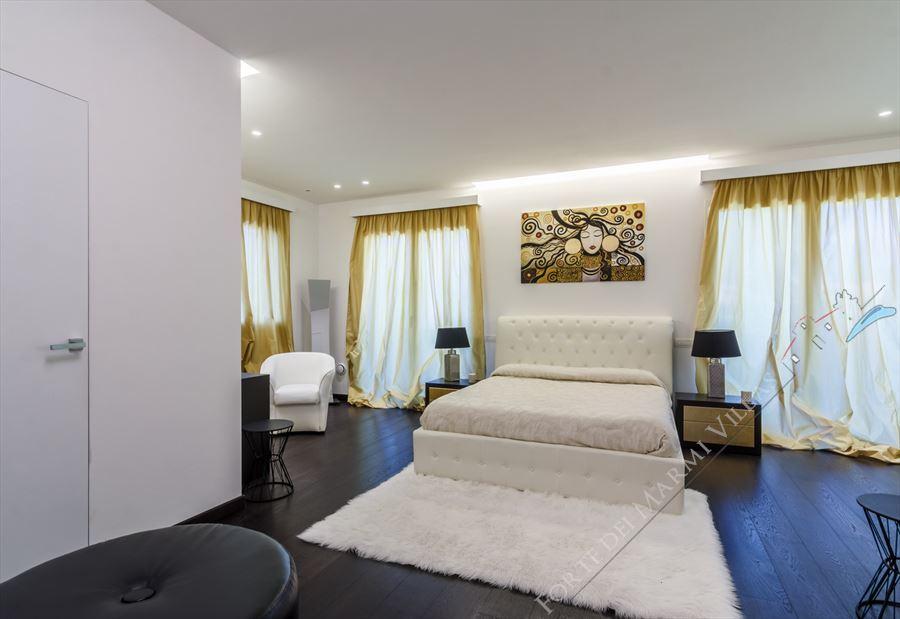 Villa New Roma Imperiale  : Camera matrimoniale