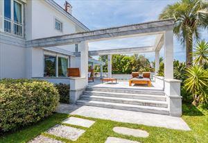 Villa  Brosio  : Vista esterna