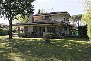 Villa Lucrezia: Detached villa Forte dei Marmi