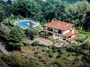 Villa Libellula : Detached villa Camaiore