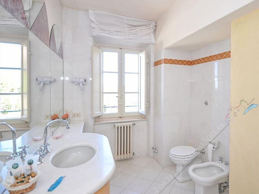 Villa Reale  : Bagno con doccia