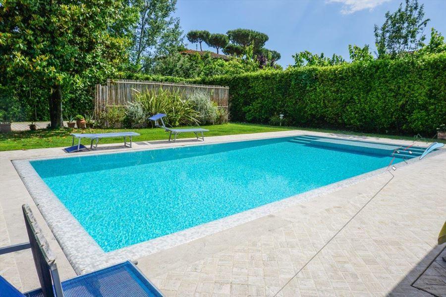 Villa Ludovica : Swimming pool
