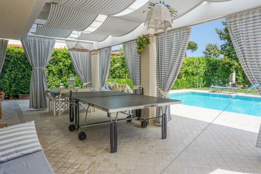 Villa Ludovica : Outside view