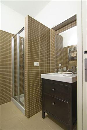 Appartamento Ulisse : Bagno con doccia