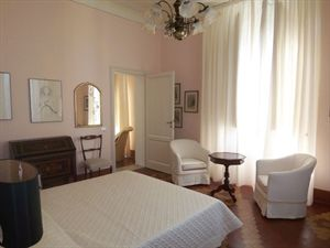 Villa Rubino   : спальня с двуспальной кроватью