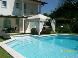 Villa Simpatica  : semi detached villa to rent and for sale Centro Forte dei Marmi
