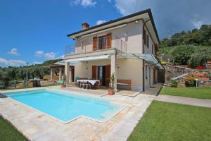Villa Palatina : detached villa to rent and for sale palatina Pietrasanta