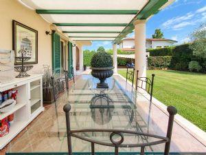 Villa Magnifica : Veranda