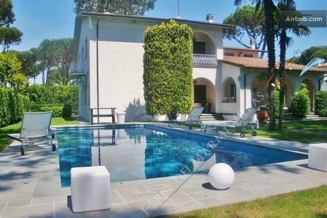 Villa Afina   detached villa to rent and for sale Forte dei Marmi