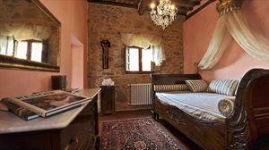 Villa Degli Aranci Lucca : спальня с односпальной кроватью