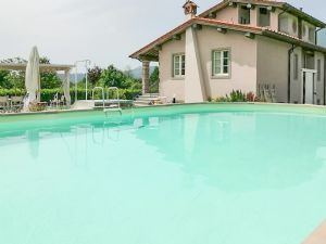 Villa Sorriso : Swimming pool