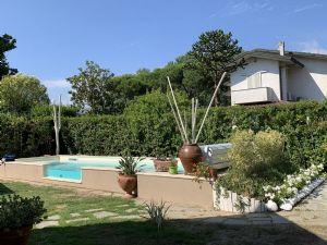 Villa Hermitage    : Vista esterna
