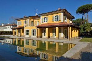 Villa Cimabue : Vista esterna