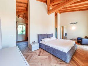 Villa Bernini : Camera matrimoniale