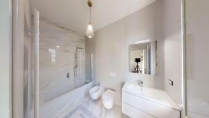 Villa Augusta : Bathroom with shower
