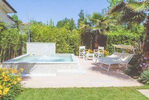 Villa Levante : Jacuzzi