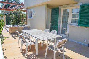 Villa Levante : Outside view
