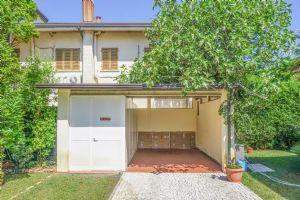 Villa Ostras : Outside view