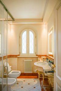 Villa Ostras : Bagno con doccia