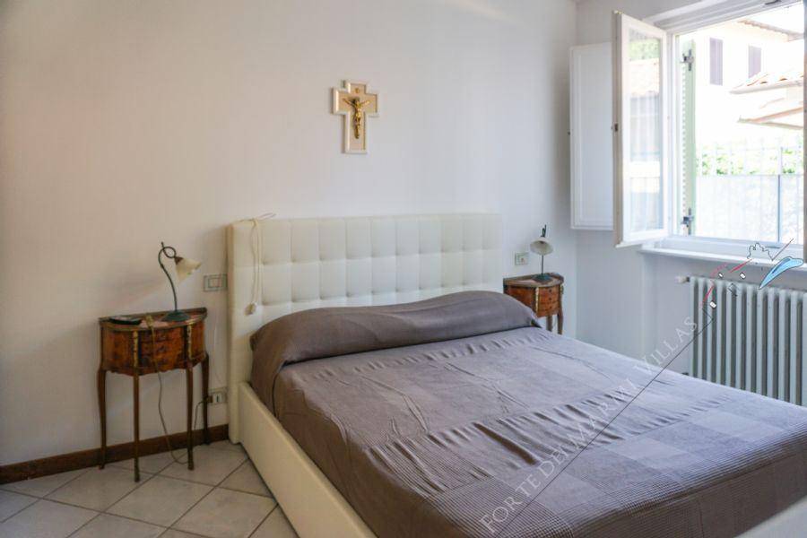 Villa La Perla : Camera matrimoniale