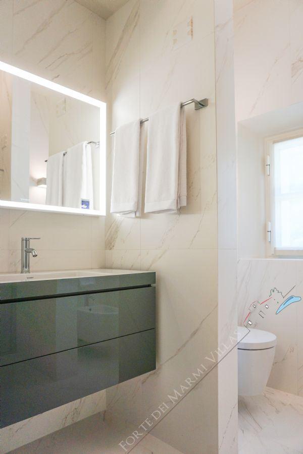 Villa Sweet : Ванная комната с душем