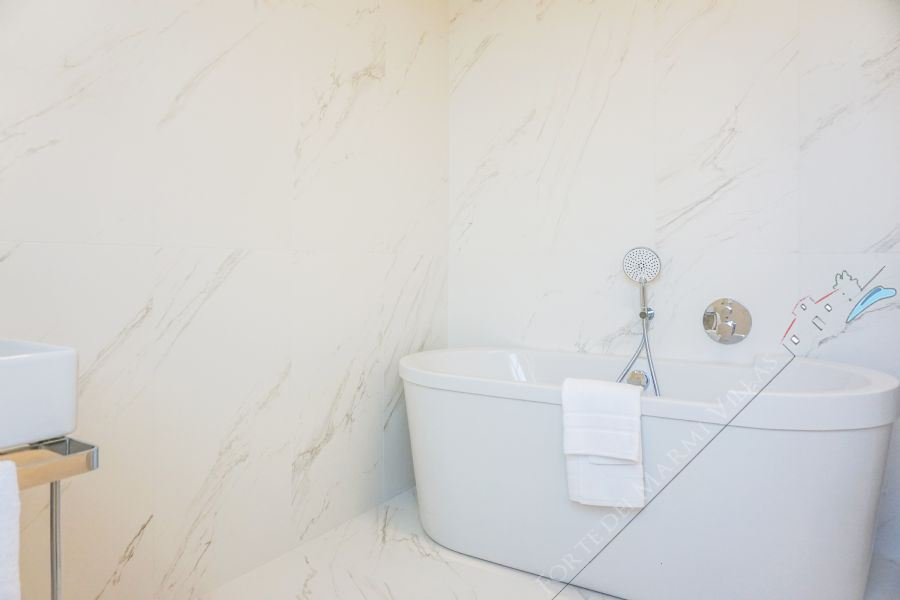 Villa Sweet : Ванная комната с ванной