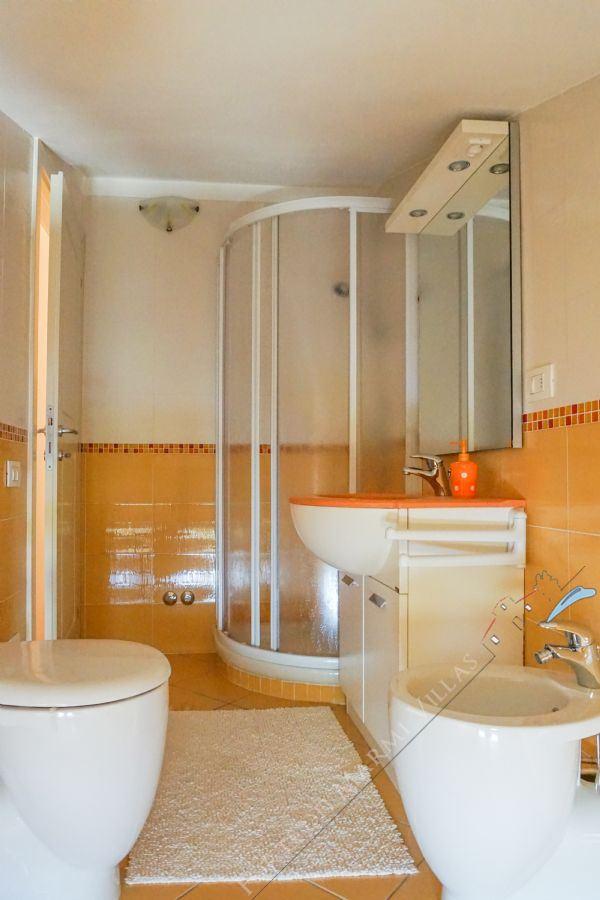 Villa Filomena : Bathroom with shower