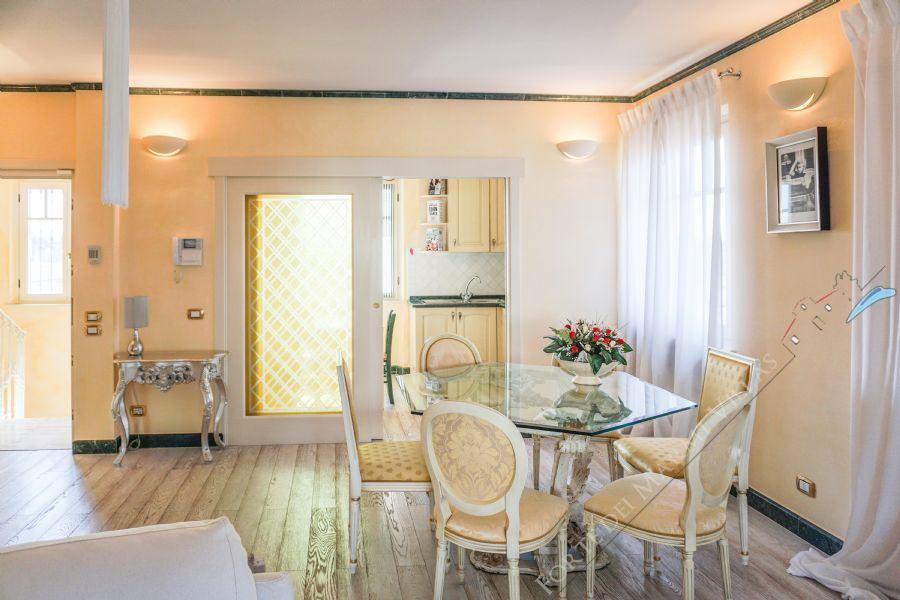 Attico Marina di Pietrasanta : Dining room