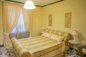 Appartamento Classico : спальня с двуспальной кроватью