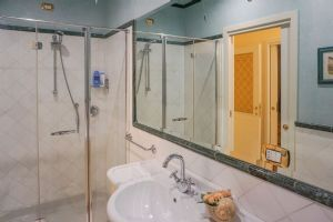 Appartamento dei Signori : Bathroom with shower