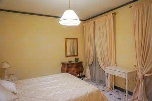 Appartamento dei Signori : спальня с двуспальной кроватью