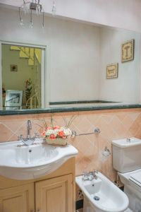 Appartamento Margherita : Ванная комната с душем