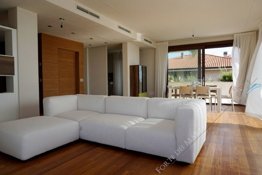 Appartamento Slim apartment to rent Marina di Pietrasanta