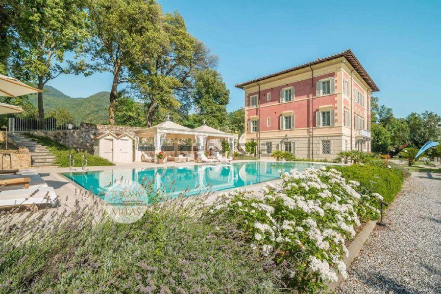 Villa Datcha : Vista esterna