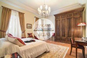 Villa Datcha : спальня с двуспальной кроватью