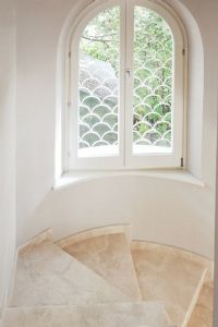 Villa Majorana : мраморная лестница
