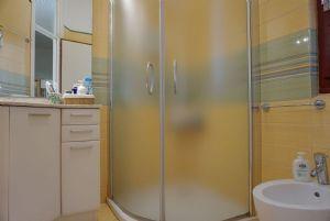 Villa Mirta : Bagno con doccia