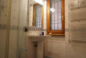Rustico del Mare : Bathroom with shower