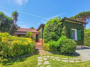 Villa Meraviglia : Вид снаружи