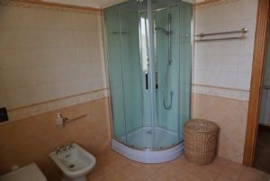 Villa Geranio : Bathroom with shower
