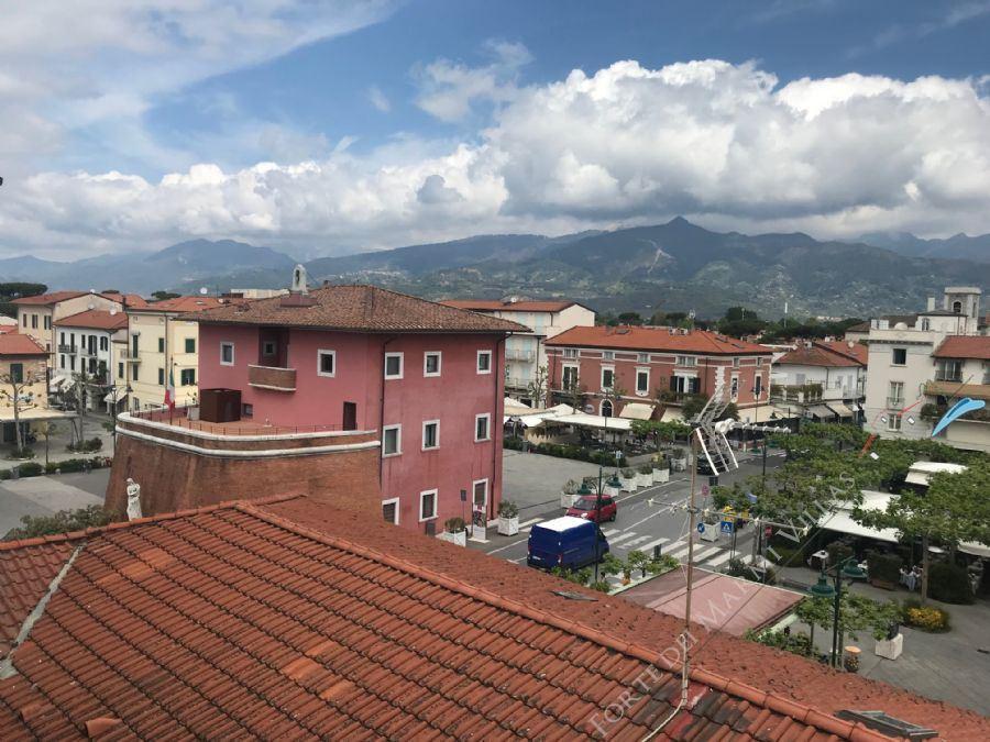Appartamento Tramonto apartment to rent Forte dei Marmi