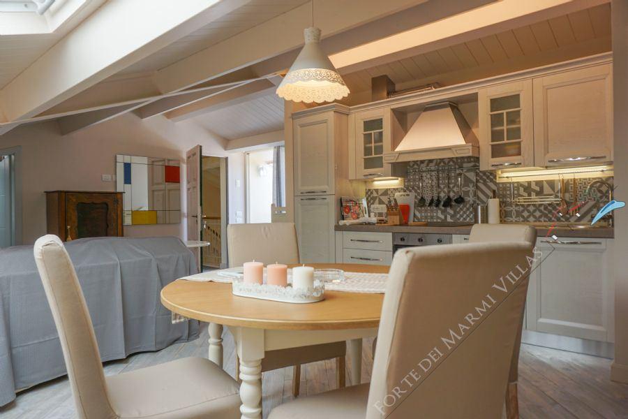 Trilocale Gioiellino appartamento in affitto Forte dei Marmi