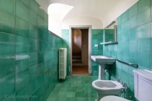 Borgo Lucchese : Bathroom with shower