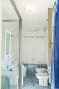 Villa Colibri : Bathroom with shower